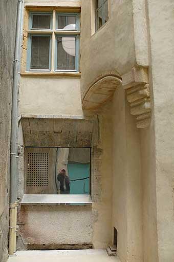 Detry & Levy 12 rue Saint-Jean Lyon aménagement cour intérieure