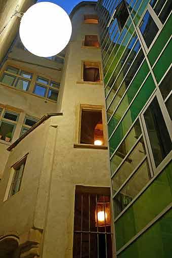 Detry & Levy 12 rue Saint-Jean Lyon restauration cour intérieure