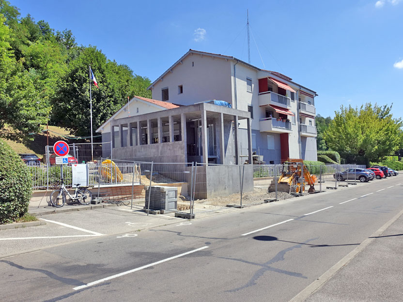 Detry-Levy rénovation gendarmerie Fontaines